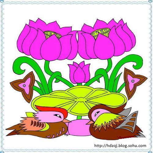 因而,在传统的纹样设计中,常把龙与其他题材贯穿在一起,表达一种吉祥