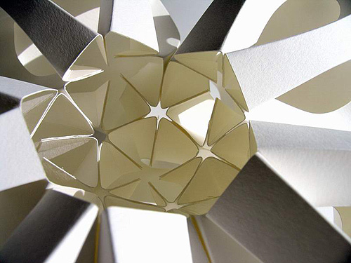 [转]纸造型/立体构成艺术的效果