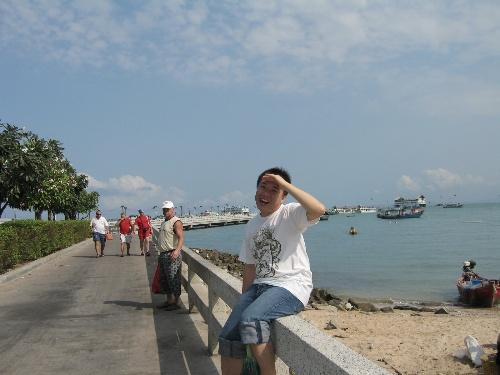 泰国海边穿衣打扮