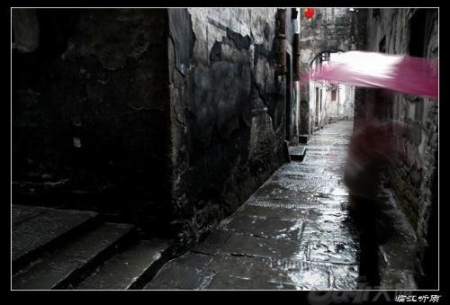 江南雨巷油纸伞手绘美女