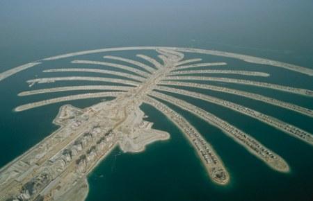 精卫填海在这里已不再是神话,朱美拉棕榈岛(palm jumeirah)就是迪拜